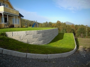 Gravity-Retaining-Wall-16